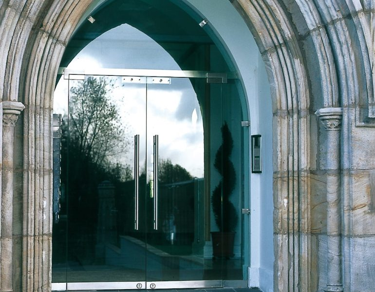 entrance to church glass doors